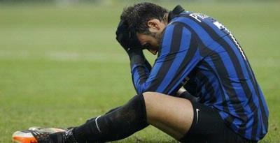 penyerang  Giampaolo Pazzini masuk rencana instruktur Andrea Stramaccioni dan dengan  begitu Terkini Inter Pertahankan Pazzini dan Inginkan Lucas