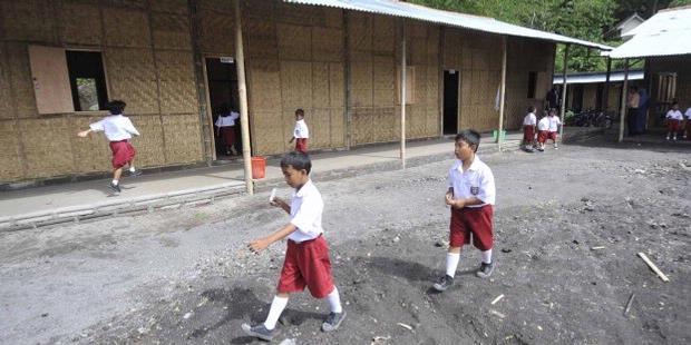 Dana Wajib Belajar 12 Tahun Terlalu Kecil