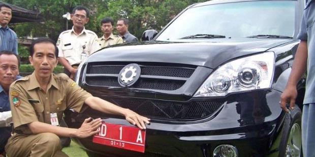 Gambar-Gambar Mobil Kiat Esemka Rajawali Jokowi