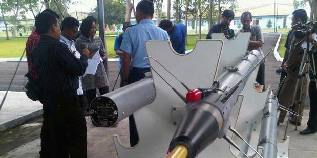 Presiden Tinjau Fasilitas Latihan Terbaru Pangkalan TNI AU di Madiun