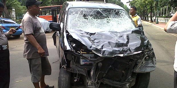Kecelakaan Maut Mobil Xenia