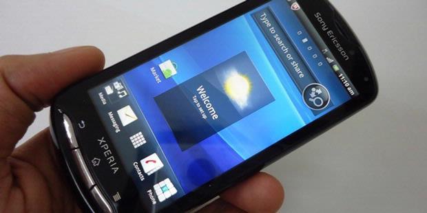 """Terbaru dari Xperia Pro, Ponsel Android dengan """"Keyboard Slider"""""""