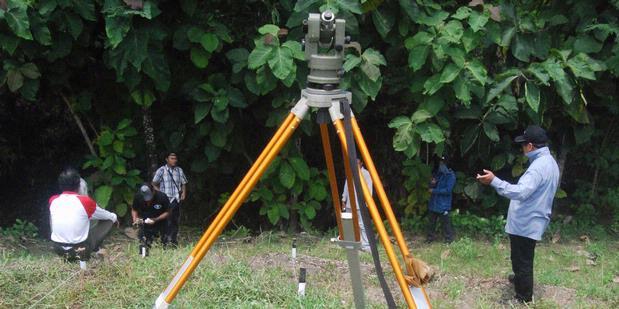 http://assets.kompas.com/data/photo/2012/02/07/1221522620X310.JPG
