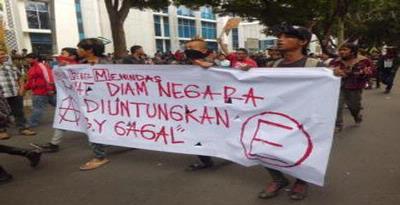Demo kenaikan BBM, Demo BBM 2012, Demo BBM Rusuh