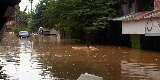 Bahaya Banjir Masih Mengintai Jakarta 2012