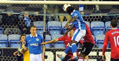 HASIL AKHIR WIGAN VS MU 1-0 LIGA INGGRIS 2012 | Kekalahan MU Berdampak Selisih Menipis Dari City Dengan Lima Poin,