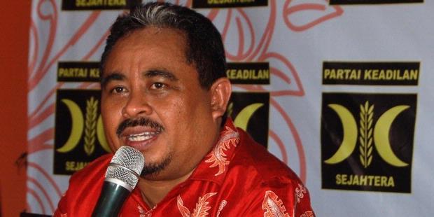 Hidayat Nur Wahid Kaget Presiden PKS Jadi Tersangka Suap