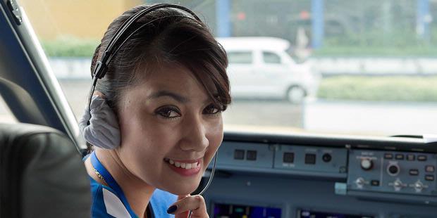 Foto Pramugari Sukhoi Superjet 100