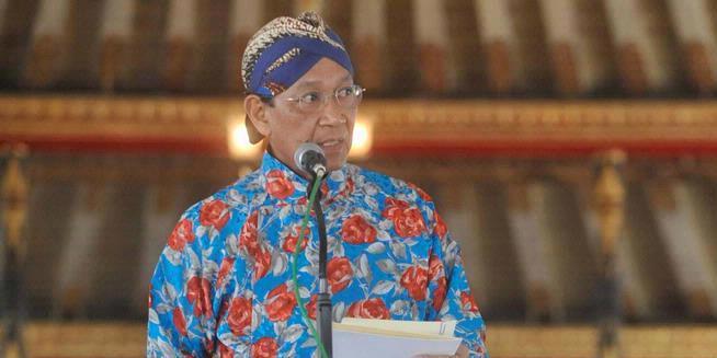 Penyebab Keputusan Sultan Mundur Dari Parpol 2012