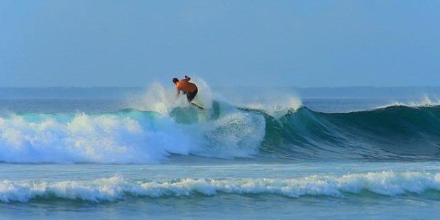 Timur, bekerja sama dengan blue fin surfing factory, 24-26 mei 2013