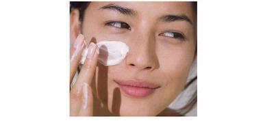 Membersihkan kulit dengan teratur menjadikan kulit bersih dan sehat