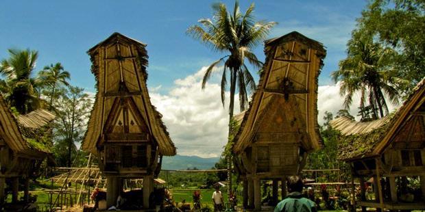 Perayaan Hidup Kedua di Toraja