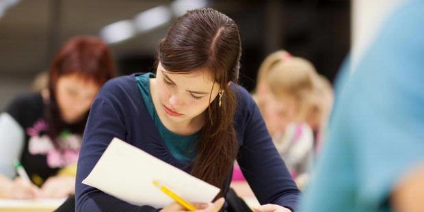 Cemas Saat Ujian? Ikuti 8 Tips Ini
