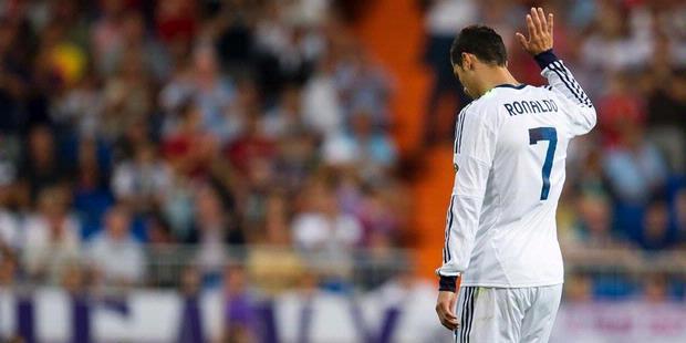 Ronaldo Borong Dua Gol Atas Granada 2012