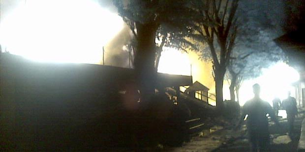 2337373620X310 PMI: Ada Lima Korban Kebakaran Pasar Turi
