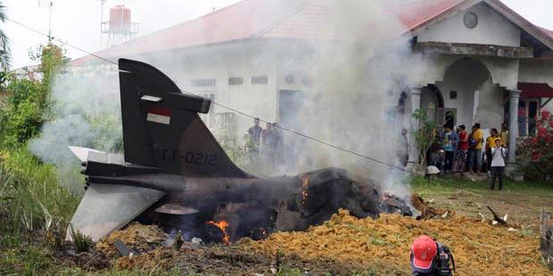 Foto Pesawat Tempur Hawk 200 Jatuh