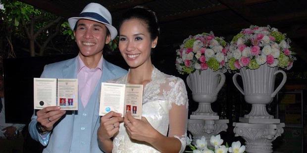 Vino G Bastian Marsha Timothy Sudah Jadi Suami Istri Entertainment