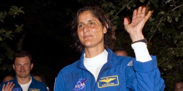 Para Astronot Juga Ikut Memilih