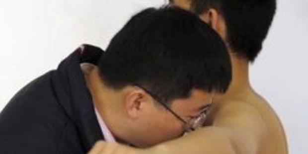 Hainan Airlines Larang Pilot Berbadan Bau