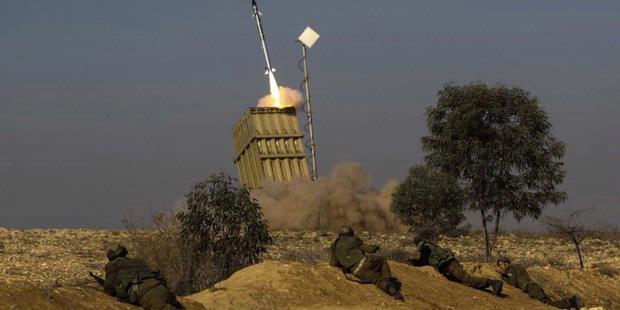 Israel Kerahkan Sistem Pertahanan Rudal Dekat Suriah