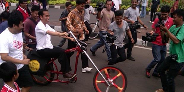 Ditanya Warga, Jokowi Sebut MRT Kereta Bawah Tanah