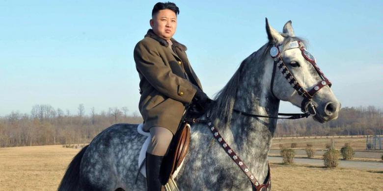 Patung Kim Jong Un, Ayah, dan Kakeknya Dibangun di Gunung Paektu