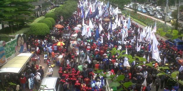 Unjuk Rasa Berbayar: Ada Uang, Ada Demo