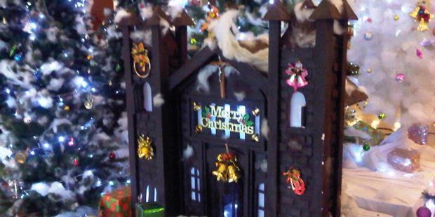 0840427 20121224eki kcmcoklat katedral 620X310 Sambut Natal dengan Coklat Replika Katedral