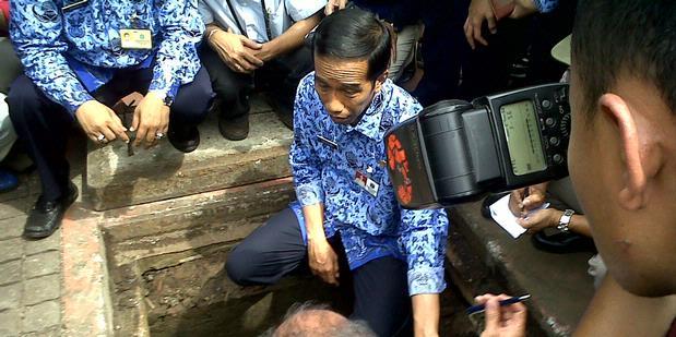 Jokowi Masuk ke Gorong-gorong Bundaran HI
