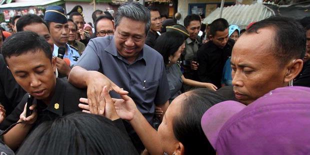 """SBY """"Blusukan"""", Pencitraan Politik Merakyat?"""
