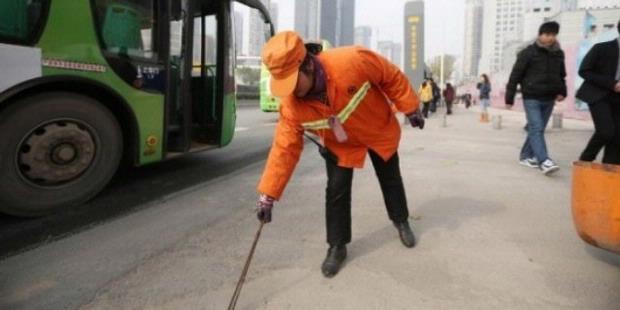 China ini mempunyai kekayaan yang luar biasa Kisah Yu Youzhen, Wanita Kaya Penyapu Jalanan