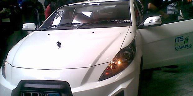 ITS Surabaya Luncurkan Mobil Listrik