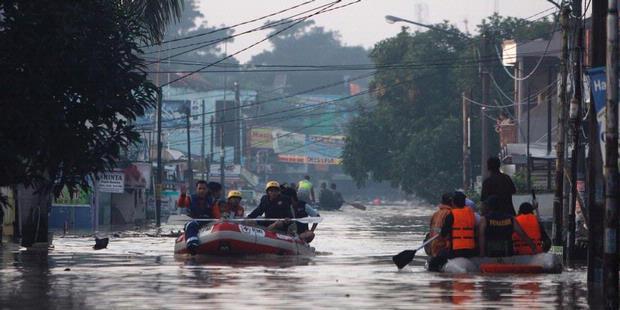 Banjir di Bekasi Capai Kedalaman 3 Meter