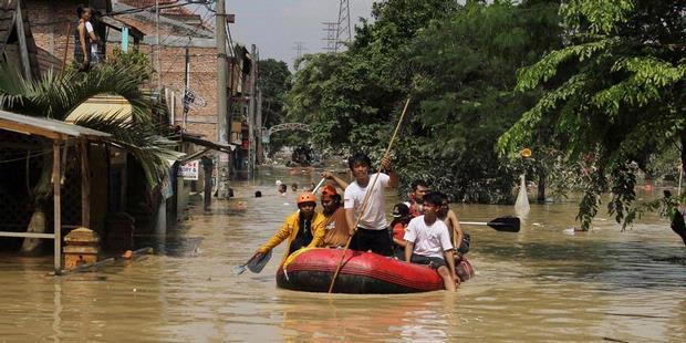 Warga Bantaran Kali Bekasi Tak Menduga Banjir Susulan
