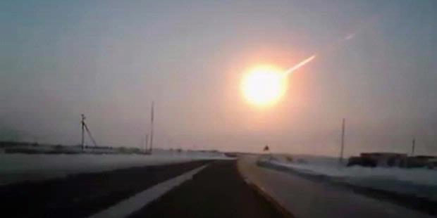 FOTO RAMALAN TERBARU BENCANA METEOR DI INDONESIA Serangan Asteroid 2013