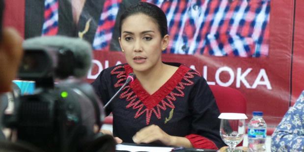 """Rieke Jadi """"Runner Up"""" karena """"Jokowi Effect"""""""
