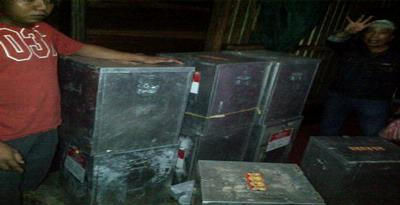 Tiga Polisi Diduga Terlibat Penyimpanan 8 Kotak Suara