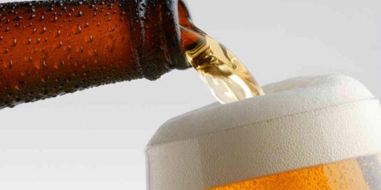 Ahok: Seharusnya Bir Bisa Dijual di Minimarket