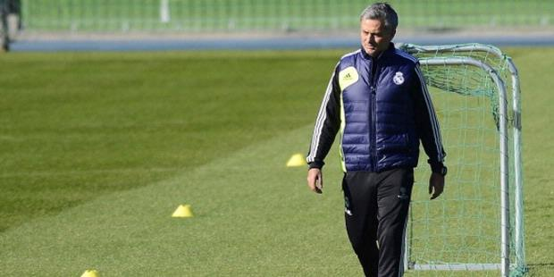 http://assets.kompas.com/data/photo/2013/03/01/0107119-jose-mourinho-620X310.jpg