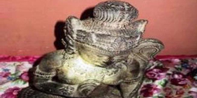 Patung Ken Dedes Ditemukan di Hutan Situbondo