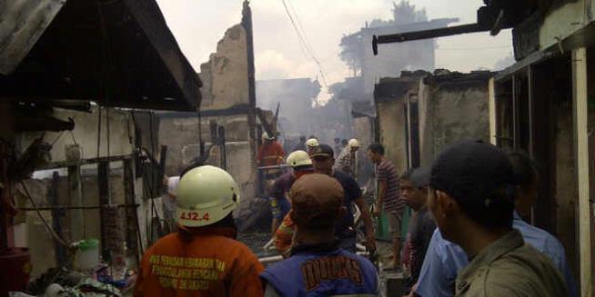 Kompor Meledak, Puluhan Rumah Ludes Terbakar
