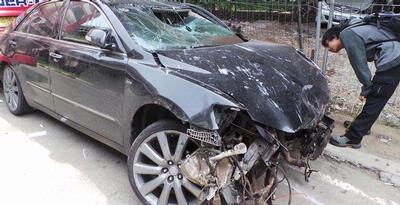 Wanita Tewas di Kecelakaan Camry Setengah Bugil