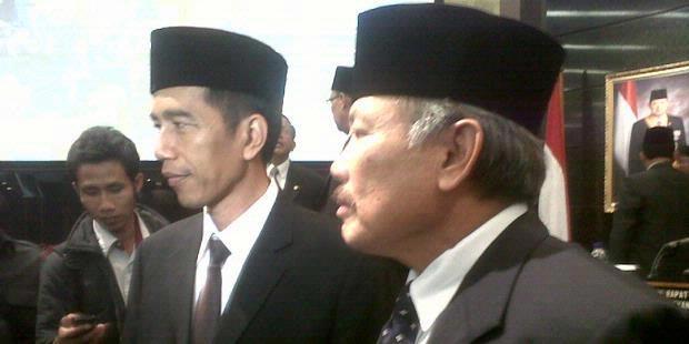 Jokowi Pusing Kerja DPRD Lambat