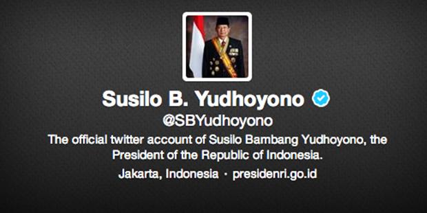 SBY ikut berkicau di Twitter secara langsung ditandai dengan *SBY*