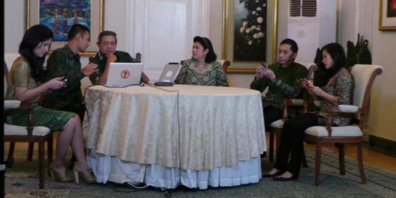Di Twitter, SBY Pastikan Harga BBM Naik