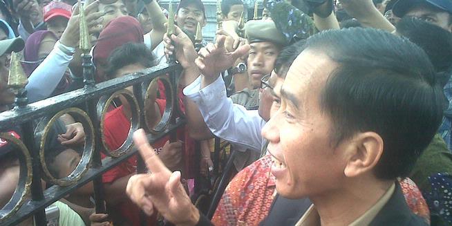 Somasi Tak Ditanggapi, Buruh Gugat Jokowi