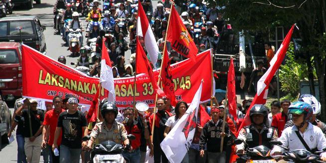 Kepala Disnaker Sulut Ikut Aksi Demo Buruh
