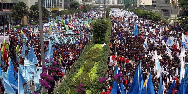 Demo Buruh di Istana Berubah Jadi Panggung Hiburan