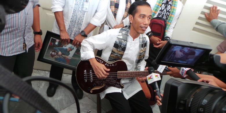 Jokowi: Kalau Bas Metallica Dilelang Rp 8 Juta, Saya Beli