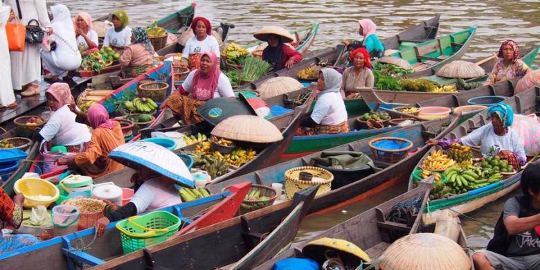Pasar apung Muara Kuin, Banjarmasin, Kalimantan Selatan